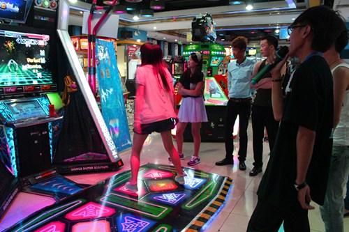 大玩家超乐场北京CBD店周赛《E舞成名》比赛现场