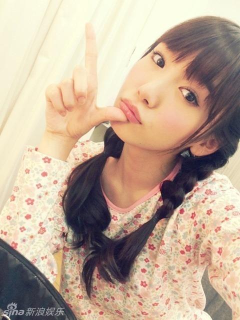 日本16岁嫩模走红 气质清纯学院风酷似新垣结衣(组图)