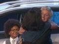 《艾伦秀第12季片花》S12E02 艾伦现场赠送一万美金与豪华汽车