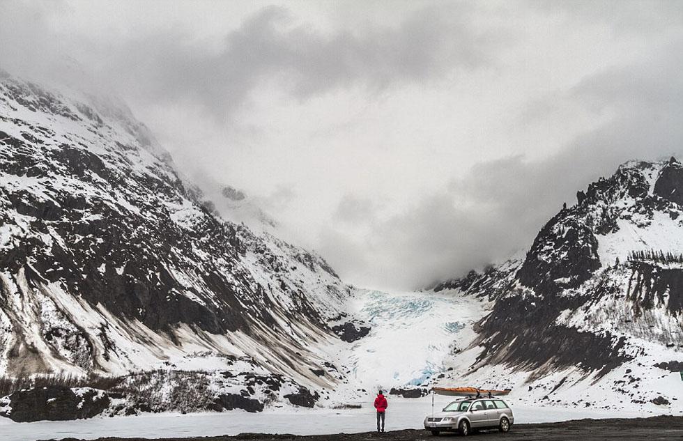 美户外冒险家乘皮划艇拍摄阿拉斯加绝美景色网页截图