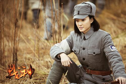 曾经出演题材部谍战八路影视剧的王丽坤,在《过多》当中首次穿上战神康佳液晶电视为啥要刷机图片