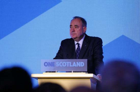 苏格兰政府首席部长萨蒙德19日下午宣布,他将辞去政府首席部长的职务,同时也不会再担任苏格兰民族党领袖。