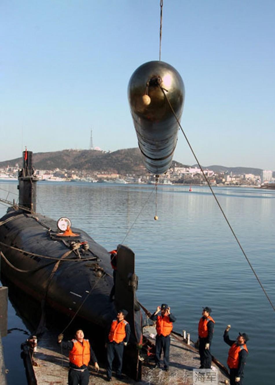 中国核潜艇排名_中国海军潜艇访问斯里兰卡 首次证实现身印度洋(组图)-搜狐滚动
