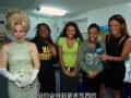 《艾伦秀第12季片花》S12E11 黑人大一女孩参与宿舍里的现金
