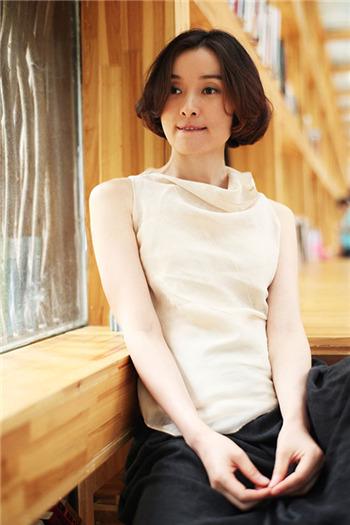 《我的妹妹,安娜》吴越