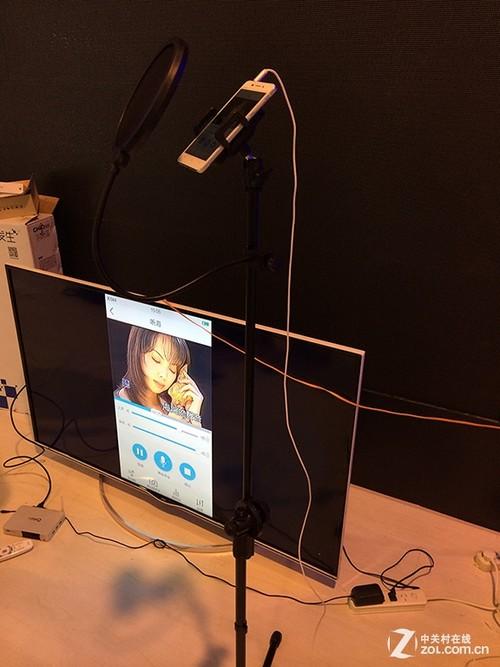 手机可直接连接电视,完全就是在KTV