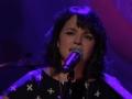 《柯南秀片花》诺拉琼斯纪念周谢幕演出 献唱乔治经典歌曲