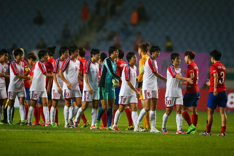 (亚运会)(5)足球--女足半决赛:朝鲜胜韩国(图)