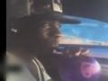 视频-巴神车内吸入氦气搞怪 变音大喊利物浦