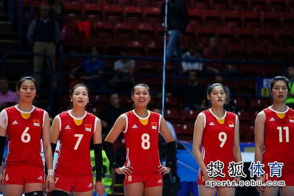 图文:[世锦赛]女排0-3巴西 中国队员