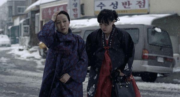 韩国电影《铁原纪行》剧照