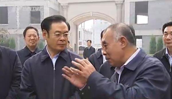 4天时间里,王儒林深入到太原市的每个县区市、每个开发区实地调研,认真听取基层干部群众的意见。