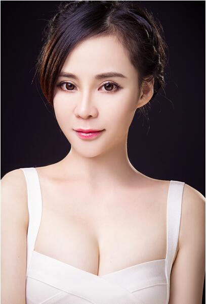 台湾知名模特戴妏冰 参加综艺节目获追捧图片