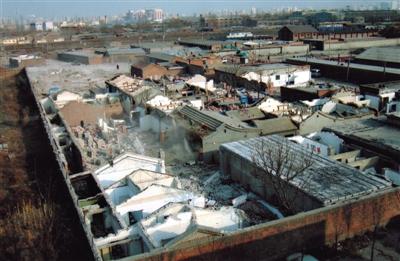 南水北调工程卢沟桥暗涵段住宅拆除现场。北京市南水北调办供图