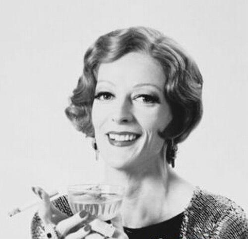 麦格教授获英国女皇授勋 仅三位演员获得图片