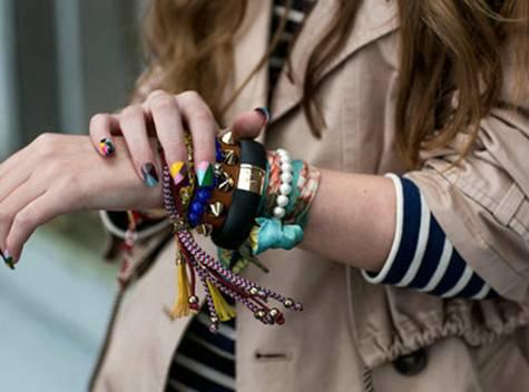 玩咖智能手环--让科技成为生活的装饰品