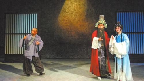 小剧场京剧《倾国》演出剧照。