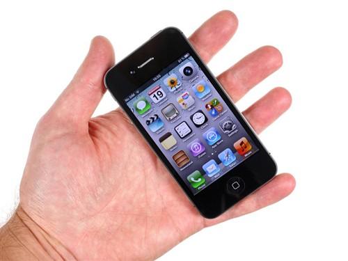 iPhone4S采用一块材质为IPS的3.5英寸屏幕,分辨率为960×640像素<b
