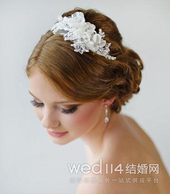 新娘头饰制作视频_新娘头饰造型 别出心裁的珠宝头饰