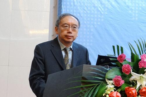 王小鲁_王小鲁:政府职能的转变到目前为止并没有落实-搜狐财经