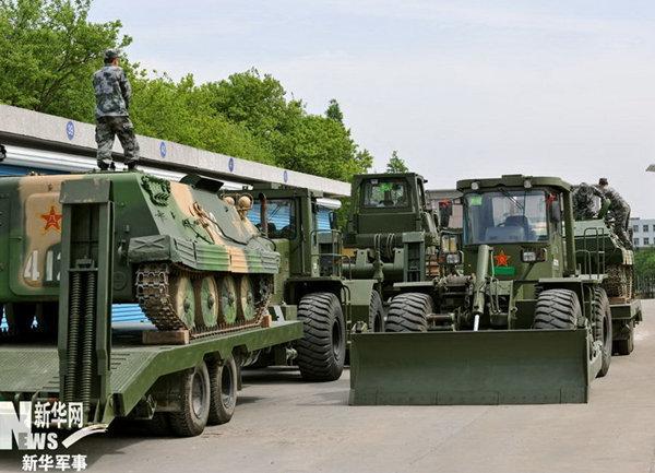 解放军工程兵装备。