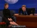 《柯南秀片花》朱迪格雷尔现场秀美腿 继子扮圣诞老人遭吐槽