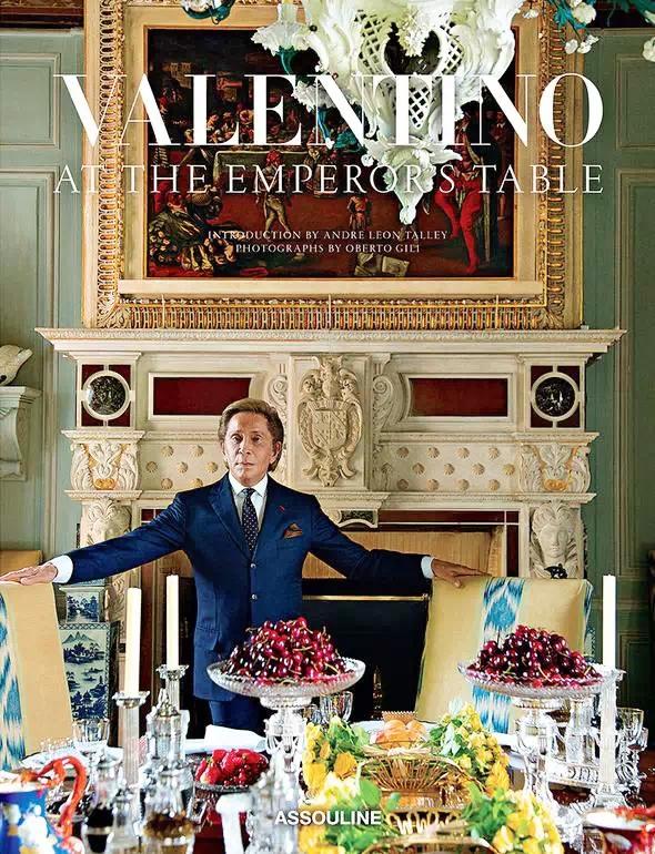 豪华得你下巴掉下来 Valentino家的餐厅(组图)