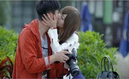 剧中他遭遇千金小姐表白和强吻