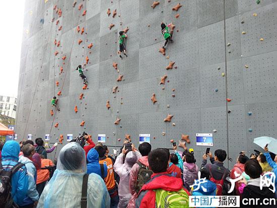 最小年龄组参加速度比赛(记者张庶卓摄)