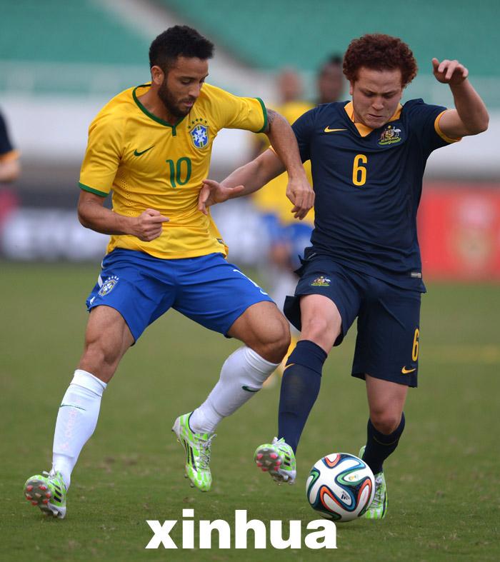 国际足球友谊赛巴西_2014国际青年足球邀请赛:巴西平澳大利亚(组图)-搜狐滚动