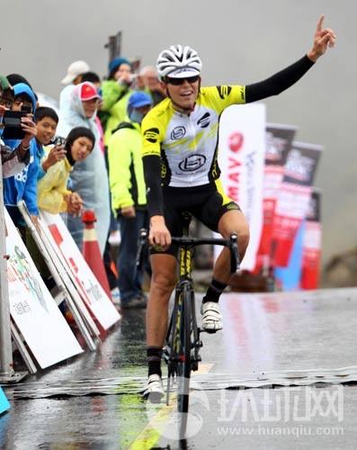 获得冠军的丹麦选手John Ebsen。