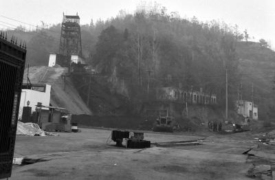 张志友经营的第二家煤矿3年前已经转卖。目前,该矿仍在别的矿主手中正常经营。京华时报记者王莉霞摄