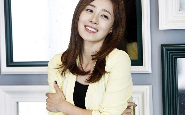 台媒:韩国女星自曝曾遭潜规则 晚上总被叫陪酒(图)