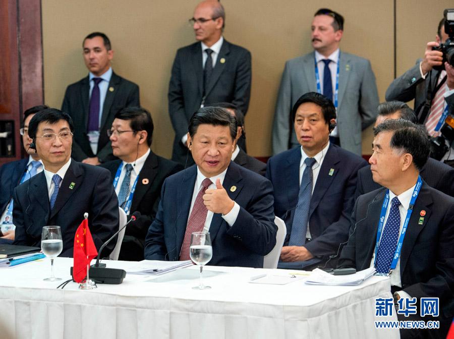 11月15日,金砖国家领导人非正式会晤在澳大利亚布里斯班举行,中国国家主席习近平出席。-新华社记者李学仁摄