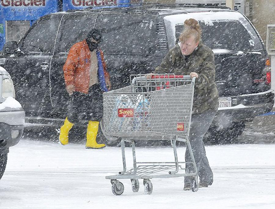 大丽家的往事全集_美国遭遇暴风雪袭击 已造成至少17人死亡(高清组图)-搜狐滚动