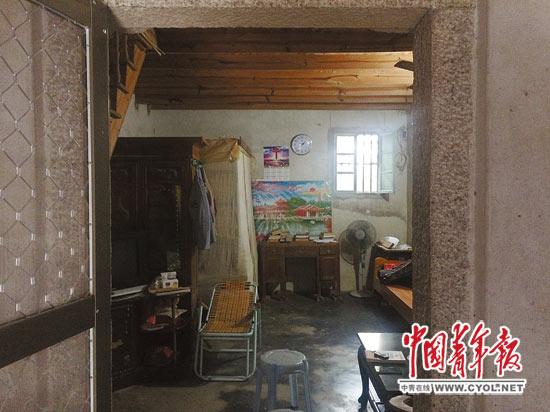 许立志生活了19年的家。本报记者高四维摄