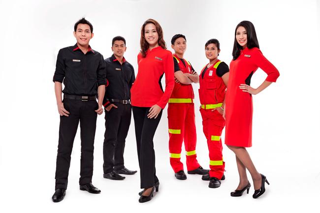 亚洲航空_亚洲航空新地勤制服亮相