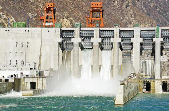 资料图:雅鲁藏布江首座水电站正式投产。