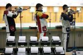 图文:全国射击总决赛鸣枪 成绩表特写