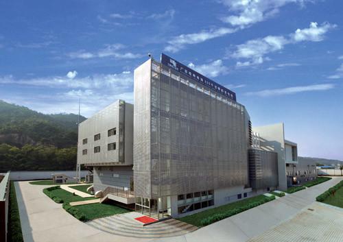 """琴韵变电站是全国首个全方位采用""""3C绿色电网""""标准建设的220千伏数字化变电站。"""