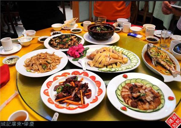 龙山奇镜酒店晚餐