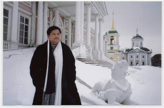 2004年莫斯科录制专辑时雪后留影