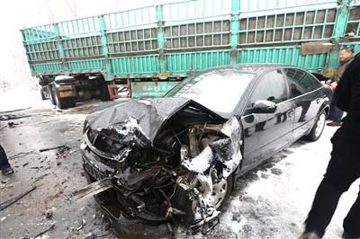 单方肇事事故_接连发生15起交通事故,多数都是单方事故,有车辆滑入沟中,还有车辆没