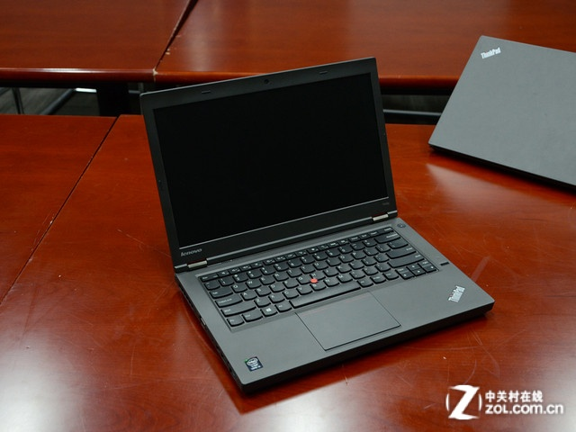 ThinkPad T440p 外观图