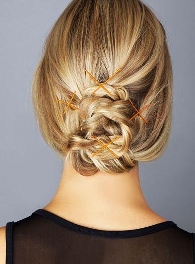 7种方法戴上彩色时髦发卡
