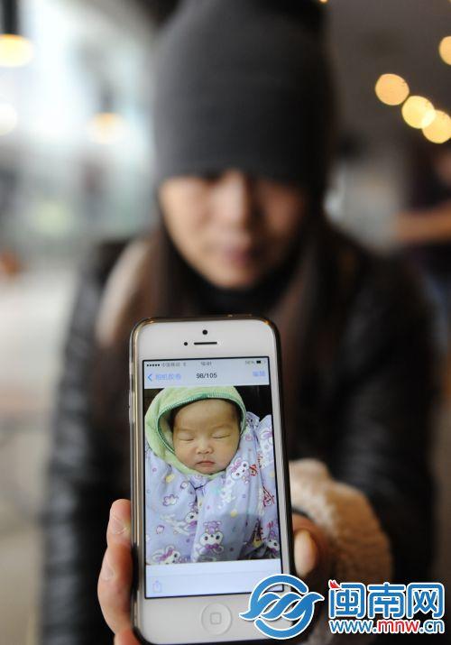 小雯的女儿目前仍在ICU病房治疗