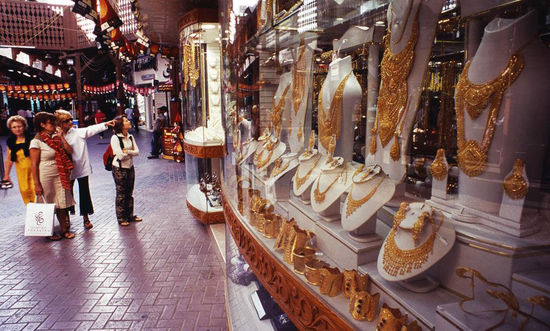 迪拜的中国创业者:卖小饰品每年净赚170万元