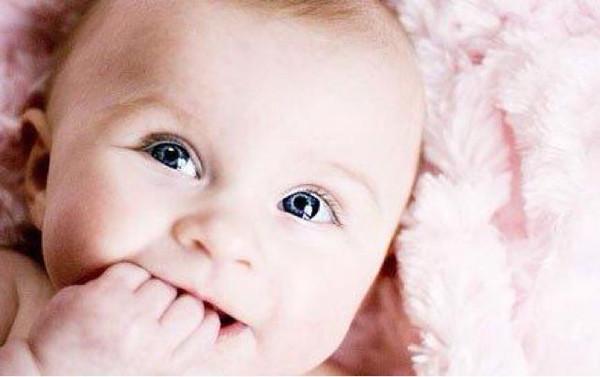 六个月宝宝每次喝多少水
