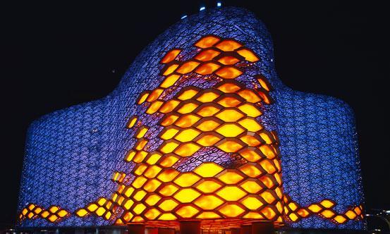图注:红星美凯龙上海旗舰店,由保罗・安德鲁设计。