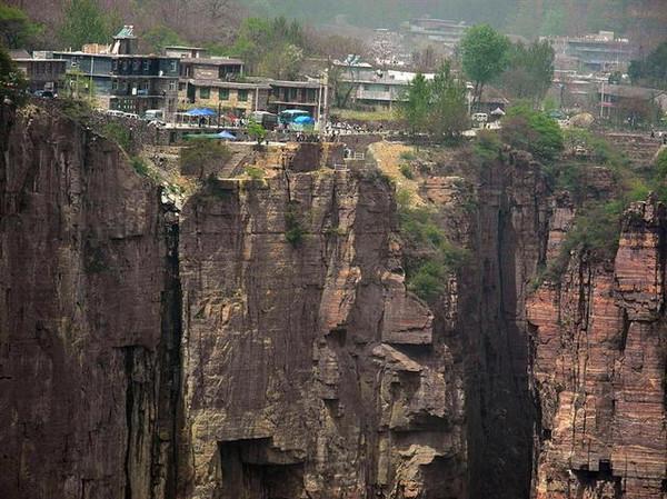 郭亮,中国最危险村落,敢去?